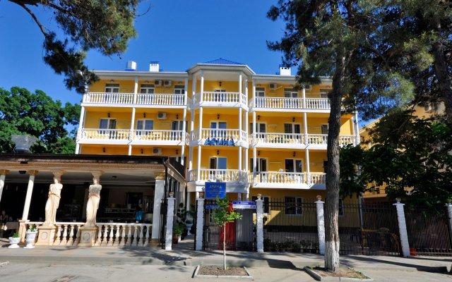 Отель Афина Дивноморское вид на фасад