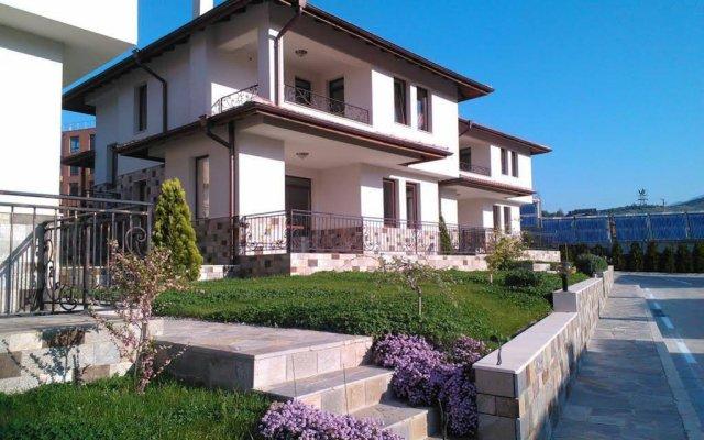 Отель Villas Izgreva Сандански вид на фасад
