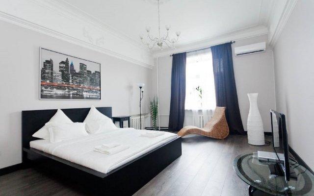 Апартаменты LUXKV Apartment on Zemlyanoy Val 52 комната для гостей