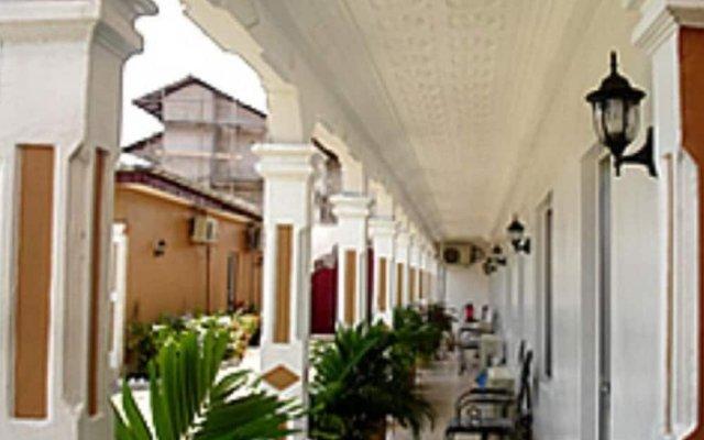 Hilary Hotel