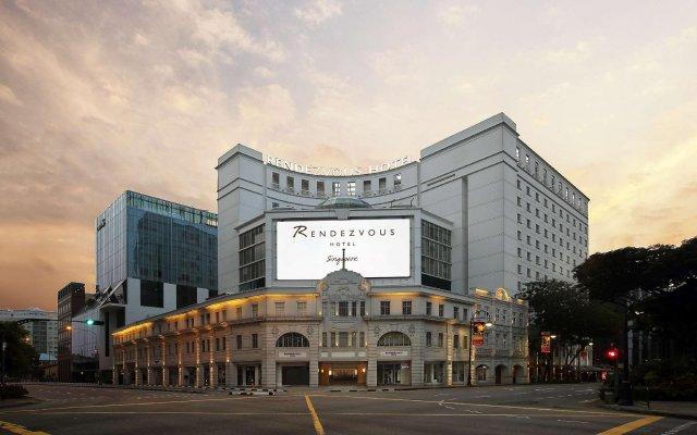 Rendezvous Hotel Singapore вид на фасад