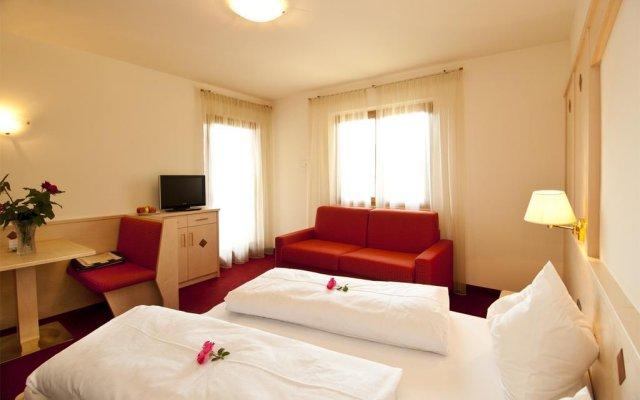 Отель Pension Golser Чермес комната для гостей