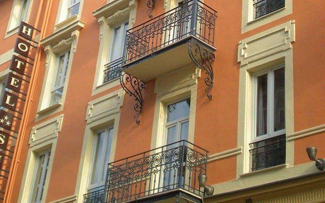 Отель Hôtel de Suède Франция, Ницца - 8 отзывов об отеле, цены и фото номеров - забронировать отель Hôtel de Suède онлайн вид на фасад