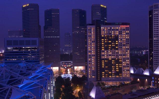 Отель Conrad Centennial Singapore Сингапур, Сингапур - 1 отзыв об отеле, цены и фото номеров - забронировать отель Conrad Centennial Singapore онлайн вид на фасад