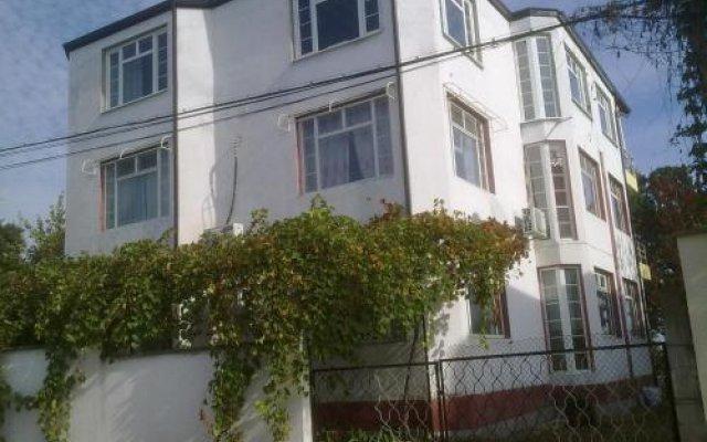 Отель Prima Guest House 2 Болгария, Генерал-Кантраджиево - отзывы, цены и фото номеров - забронировать отель Prima Guest House 2 онлайн вид на фасад