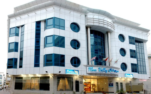 Отель Moon Valley Hotel apartments ОАЭ, Дубай - отзывы, цены и фото номеров - забронировать отель Moon Valley Hotel apartments онлайн вид на фасад