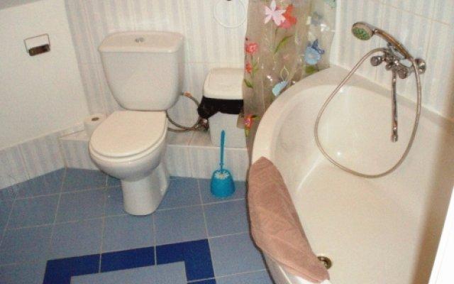 Апартаменты RigaHome Kaļķu 2 Apartment Рига ванная