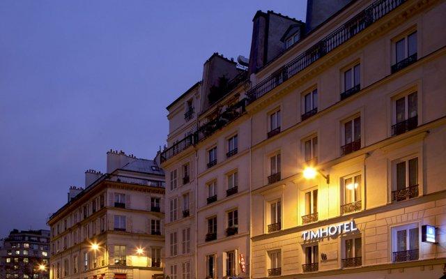 Отель Timhotel Le Louvre Франция, Париж - 12 отзывов об отеле, цены и фото номеров - забронировать отель Timhotel Le Louvre онлайн вид на фасад