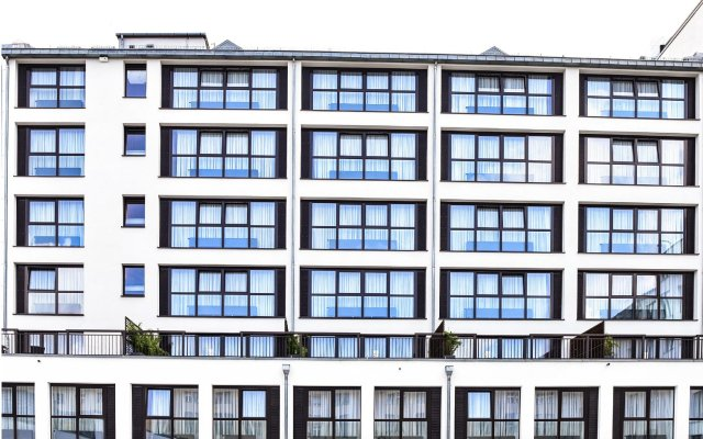 Отель Goodman'S Living Берлин вид на фасад