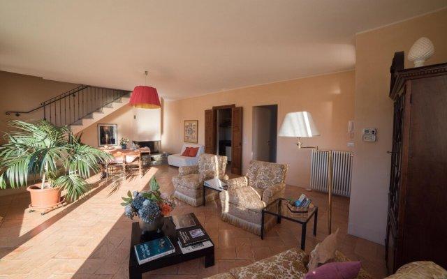 Отель Romantic Nido - 2 Br Villa Вербания