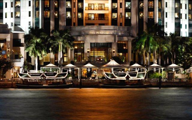 Отель The Peninsula Bangkok Таиланд, Бангкок - 1 отзыв об отеле, цены и фото номеров - забронировать отель The Peninsula Bangkok онлайн вид на фасад