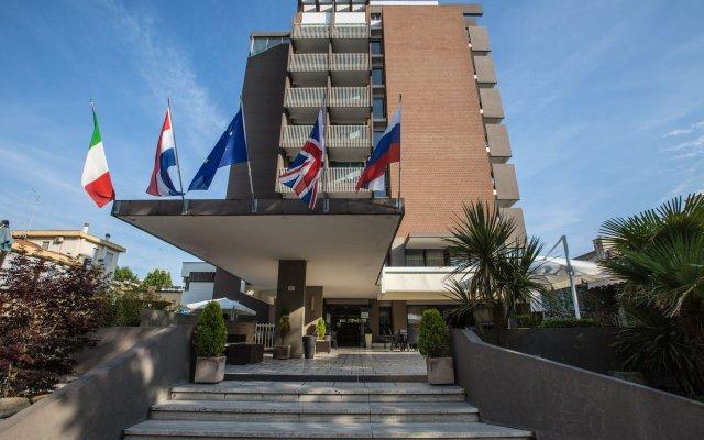 Отель Eurhotel Италия, Римини - отзывы, цены и фото номеров - забронировать отель Eurhotel онлайн вид на фасад
