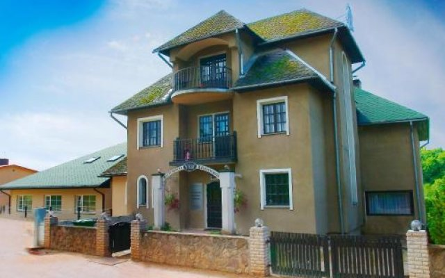 Peetrimõisa Villa Hostel