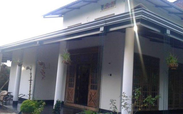 Отель White Guest Anuradhapura вид на фасад