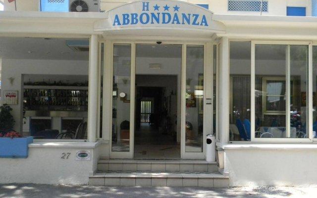 Отель Abbondanza Италия, Гаттео-а-Маре - отзывы, цены и фото номеров - забронировать отель Abbondanza онлайн вид на фасад