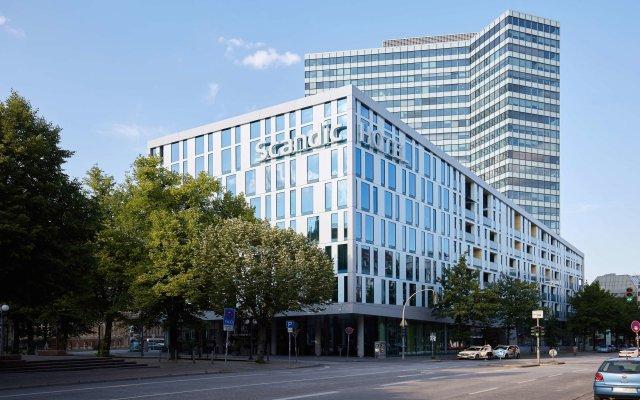 Отель Scandic Emporio Гамбург вид на фасад