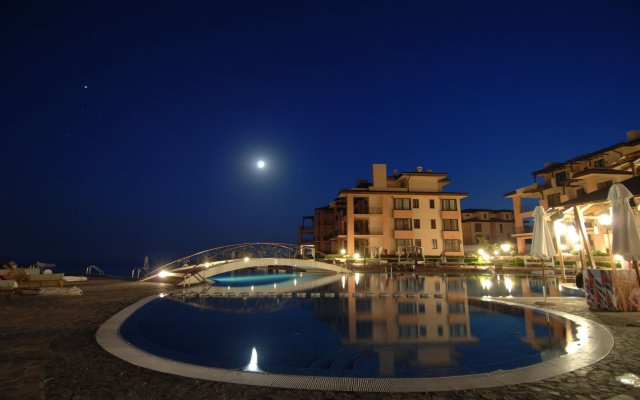 Отель Kaliakria Resort вид на фасад