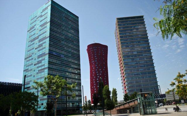Отель Apt. Fira Gran Via - Barcelona4Seasons вид на фасад