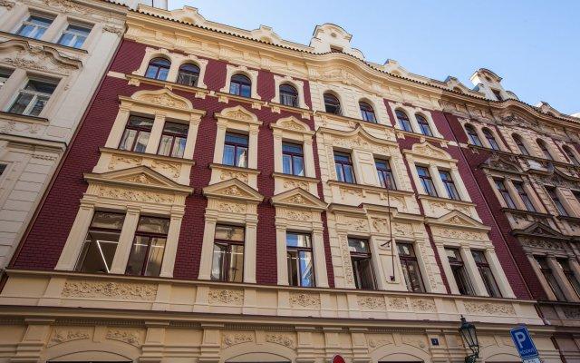 Отель Gorgeous Prague Rooms Прага вид на фасад