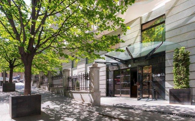 Отель Shota@Rustaveli Boutique hotel Грузия, Тбилиси - 5 отзывов об отеле, цены и фото номеров - забронировать отель Shota@Rustaveli Boutique hotel онлайн вид на фасад