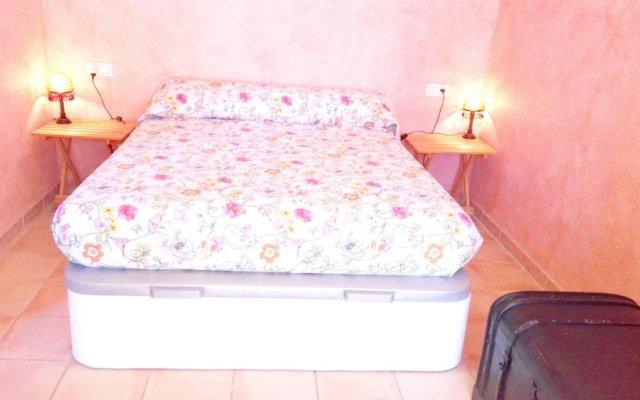 Отель House With 3 Bedrooms in Oliva, With Furnished Terrace and Wifi - 350 Испания, Олива - отзывы, цены и фото номеров - забронировать отель House With 3 Bedrooms in Oliva, With Furnished Terrace and Wifi - 350 онлайн комната для гостей