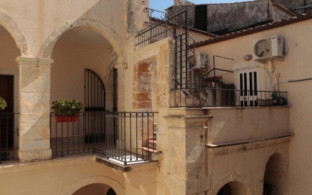 Отель Casa Martinez Италия, Сиракуза - отзывы, цены и фото номеров - забронировать отель Casa Martinez онлайн
