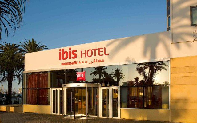 Отель ibis Casablanca City Center вид на фасад