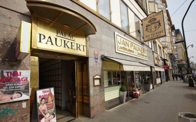 Отель Apartmán Kaiser Чехия, Прага - отзывы, цены и фото номеров - забронировать отель Apartmán Kaiser онлайн вид на фасад