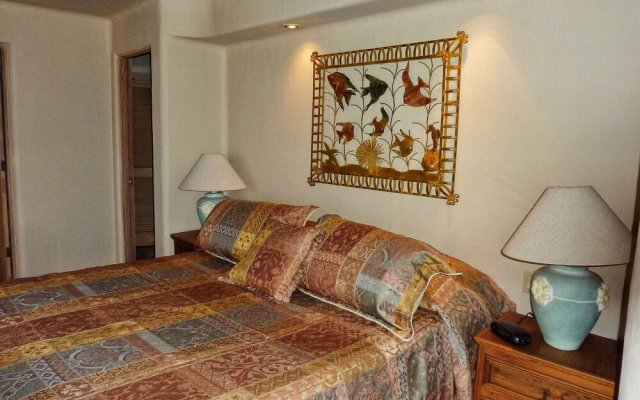 Отель Casa Lorena 4 Bedrooms 3.5 Bathrooms Home Педрегал комната для гостей