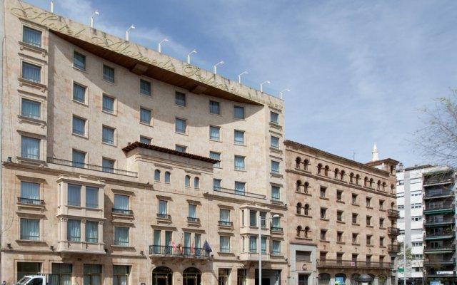 Отель Alameda Palace вид на фасад