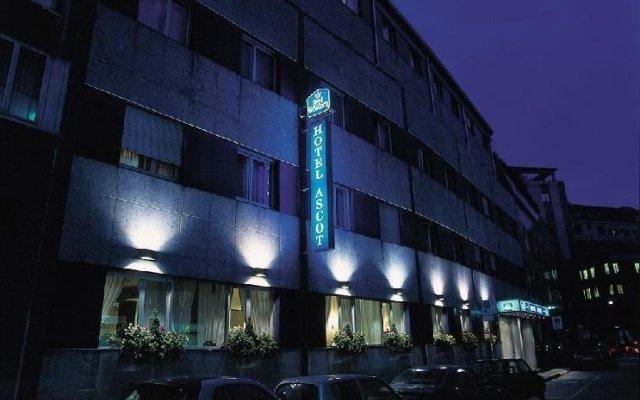 Отель Ascot Италия, Милан - отзывы, цены и фото номеров - забронировать отель Ascot онлайн вид на фасад