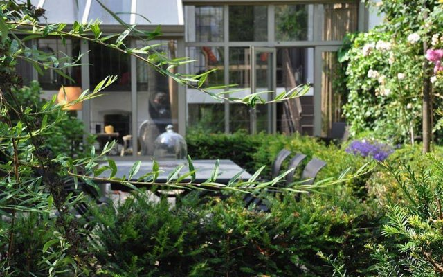 Отель B&B Un Jardin en Ville Бельгия, Брюссель - отзывы, цены и фото номеров - забронировать отель B&B Un Jardin en Ville онлайн вид на фасад