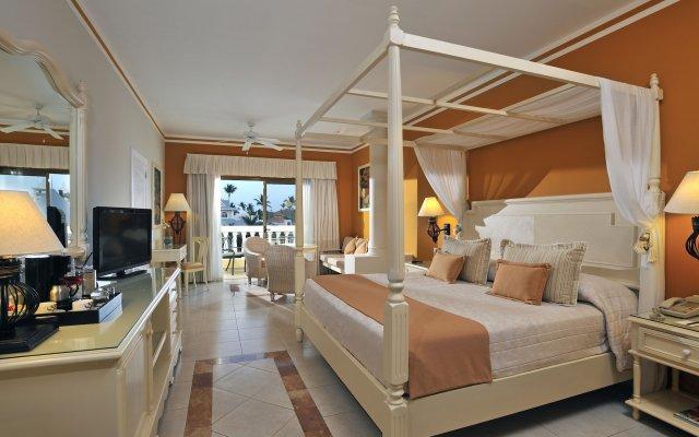 Отель Luxury Bahia Principe Esmeralda - All Inclusive Доминикана, Пунта Кана - 10 отзывов об отеле, цены и фото номеров - забронировать отель Luxury Bahia Principe Esmeralda - All Inclusive онлайн комната для гостей