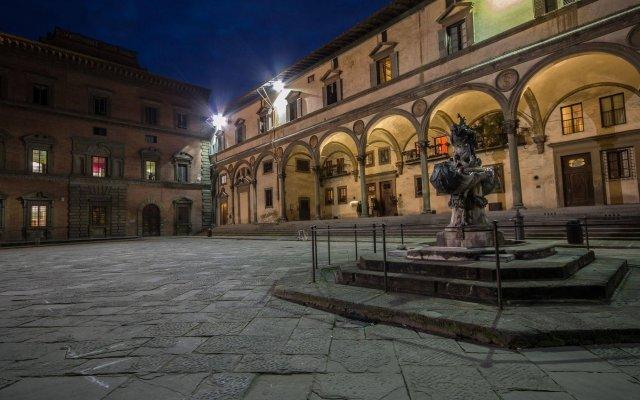 Отель Loggiato Dei Serviti Италия, Флоренция - 3 отзыва об отеле, цены и фото номеров - забронировать отель Loggiato Dei Serviti онлайн вид на фасад