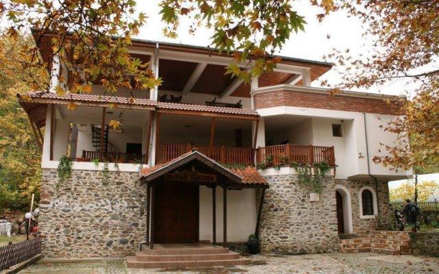 Отель Dinko Motel Болгария, Сандански - отзывы, цены и фото номеров - забронировать отель Dinko Motel онлайн вид на фасад