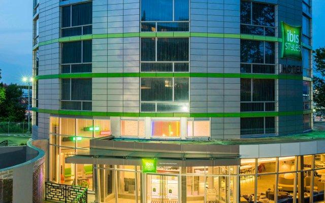 Отель ibis Styles New York LaGuardia Airport США, Нью-Йорк - отзывы, цены и фото номеров - забронировать отель ibis Styles New York LaGuardia Airport онлайн вид на фасад