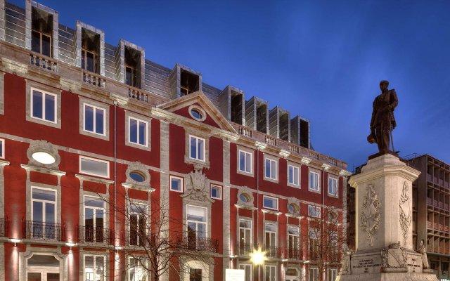 Отель NH Collection Porto Batalha вид на фасад