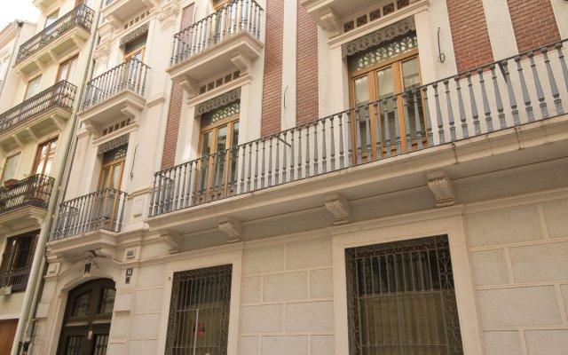 Апартаменты Trinitarios Apartment Валенсия вид на фасад