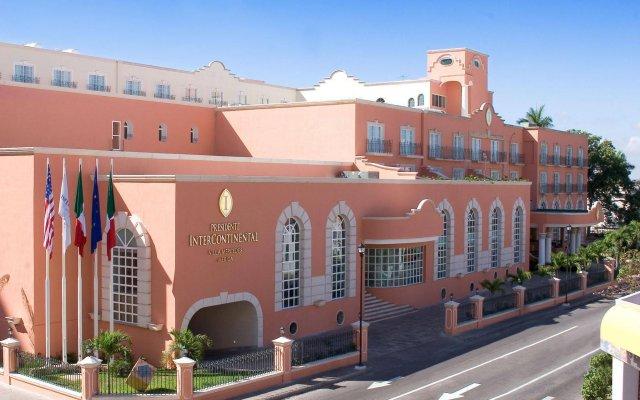 Villa Mercedes Merida, Curio Collection by Hilton