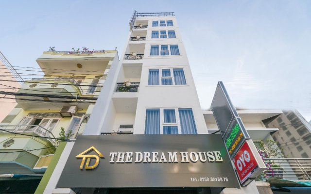 Отель The Dream House вид на фасад