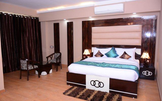 Hotel S. K Crown Park Naraina комната для гостей
