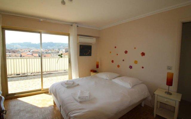 Отель Nice Booking - Berlioz - Toit Terrasse комната для гостей