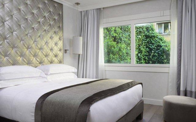 Отель Ponte Vecchio Suites & Spa Италия, Флоренция - отзывы, цены и фото номеров - забронировать отель Ponte Vecchio Suites & Spa онлайн комната для гостей