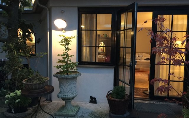 Korfuvej.rent.a.room guesthouse