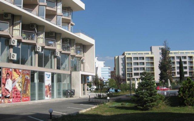 Отель Apartcomplex Perla вид на фасад