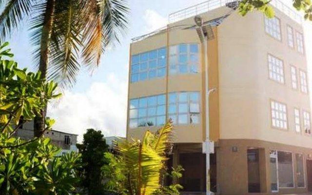 Отель Visit Beach Inn Мальдивы, Мале - отзывы, цены и фото номеров - забронировать отель Visit Beach Inn онлайн вид на фасад