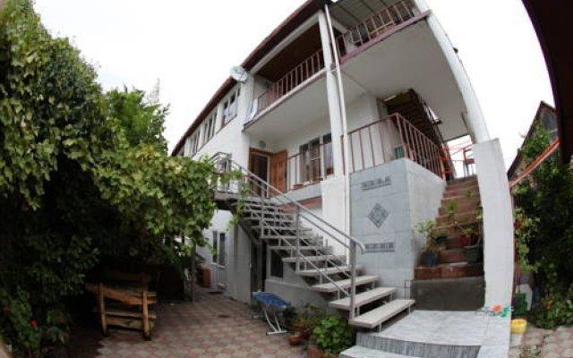 Гостевой дом S&s Сочи вид на фасад