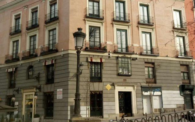 Апартаменты Oriente Palace Apartments вид на фасад