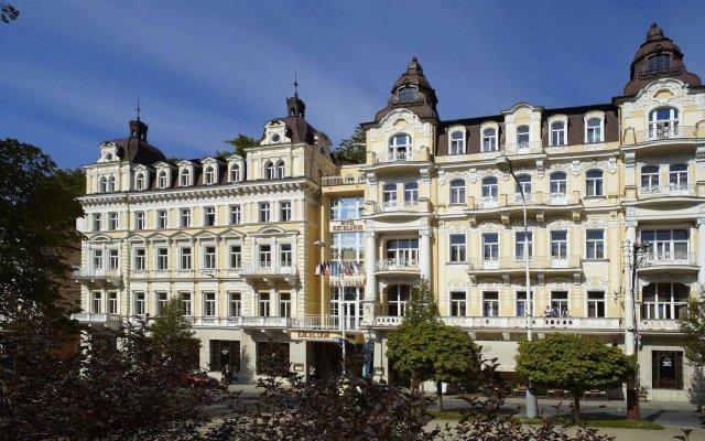 Отель Excelsior Чехия, Марианске-Лазне - отзывы, цены и фото номеров - забронировать отель Excelsior онлайн вид на фасад