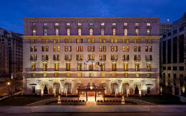 Отель The St. Regis Washington, D.C. вид на фасад